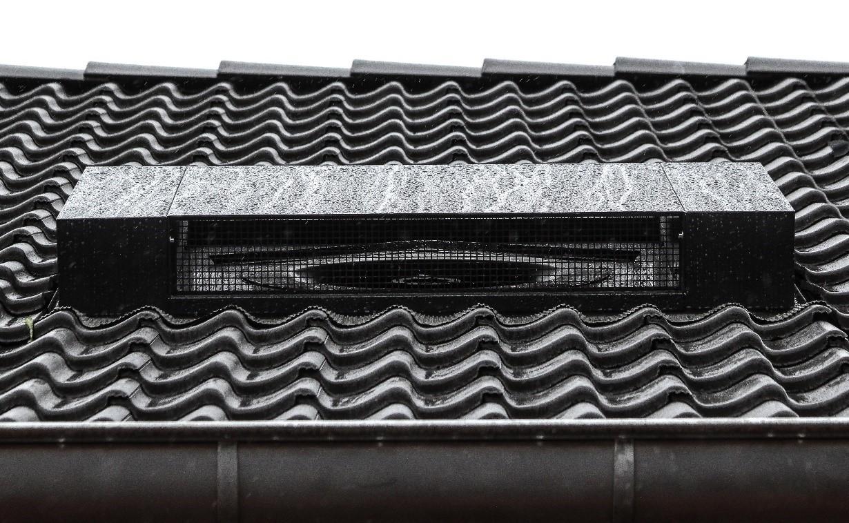 Hydrotop Luft-Wärme-Pumpe dachintegriert